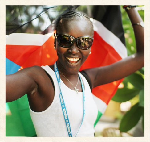 7-alek-wek-summer-travel-diary_154726546155.jpg_gallery_max